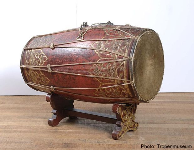 Gamelan instruments, like this kendang drum, are scattered around
