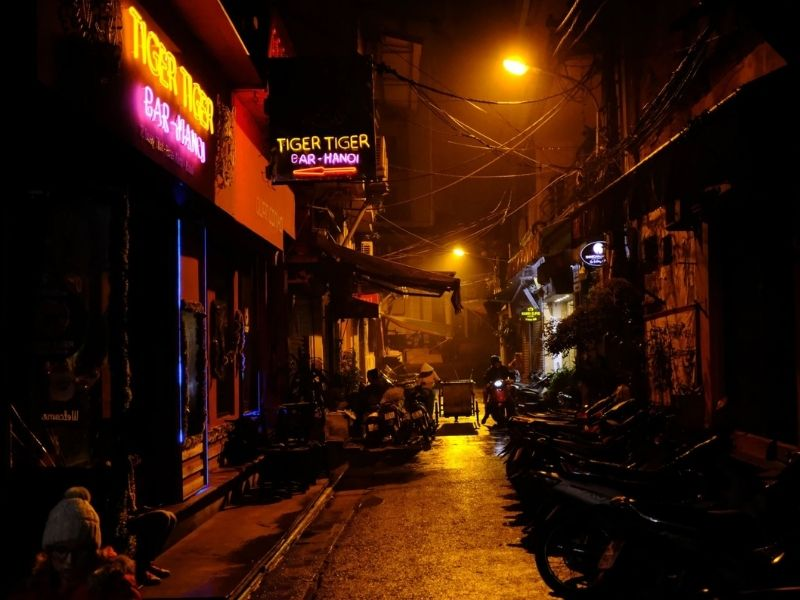 nightlife areas in Hanoi