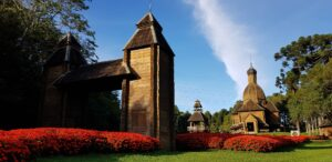 Gingerbread House in Bosque Alemão is great for kids