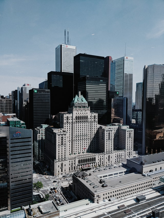 Toronto vs Vancouver: Which Canada City is Better to Visit?