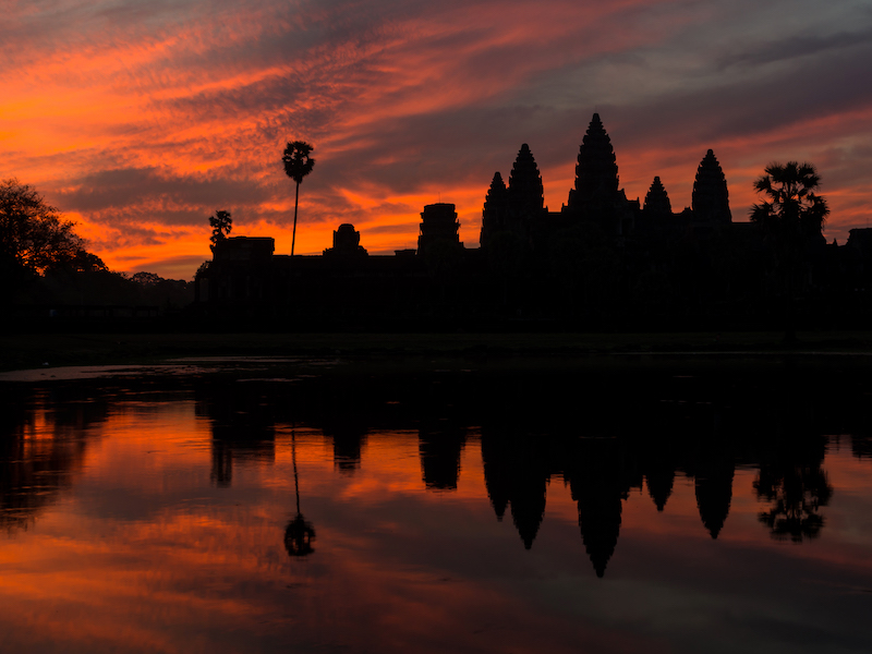 silhouette of angkor wat sunrise